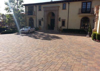 genesis-driveway-14-courtyard-orcotta_orig
