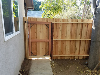 Genesis_Fence_12_Natural_Wood_Ceder_Gate
