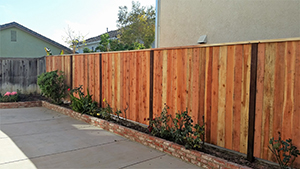 Genesis_Fence_13_Natural_Wood_Red_Ceder_Fence