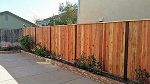Genesis_Fence_13_Natural_Wood_Red_Ceder_Fence