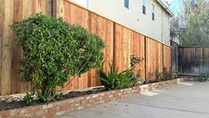 Genesis_Fence_3_Natural_Wood_Red_Ceder_Fence