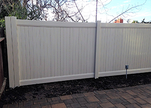 Genesis_Fence_4_Vinyal_Privacy_Fence_White