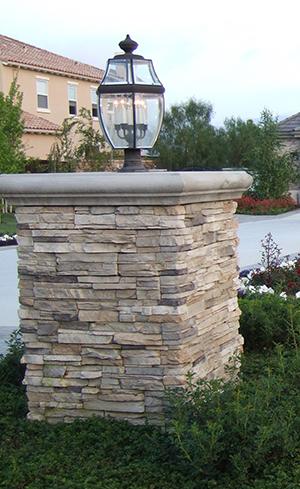 Genesis_Pilasters_11_stone-pilaster-designs_stone-pilaster-cap_stone-veneer-pilasters_pilaster-block_pilaster-wall_pilaster-block-wall_pilaster-column