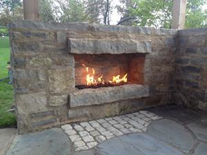 Genesis_Utilities_04_Outdoor-Stone_gas-fireplace_patio-fireplace
